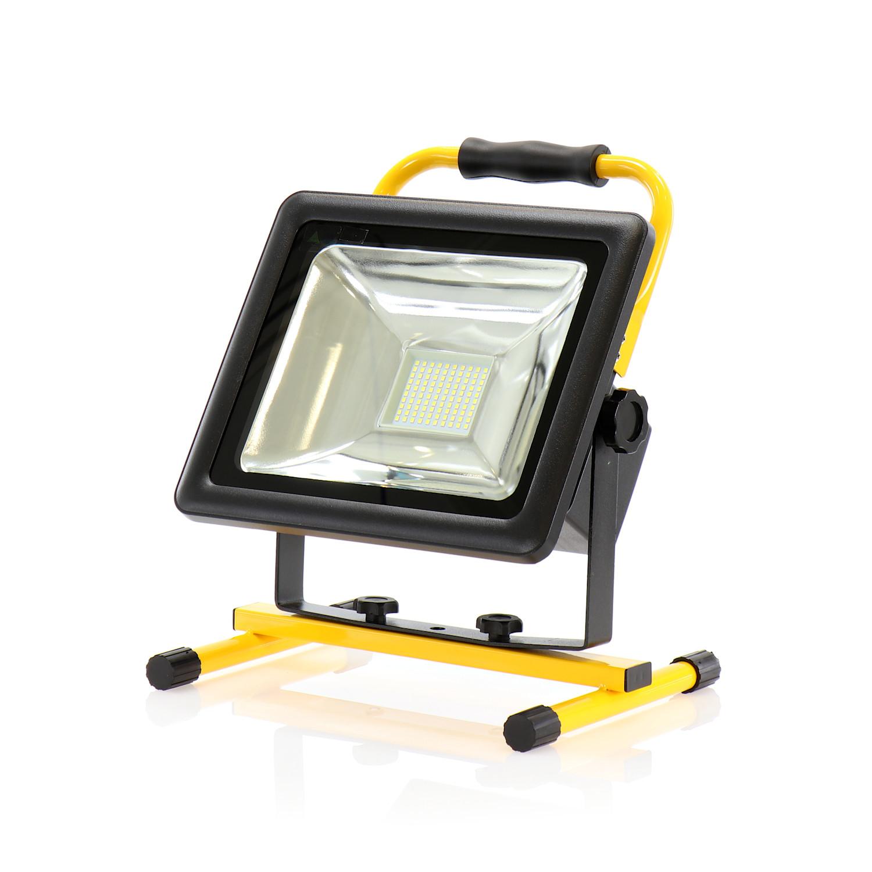 Bevorzugt SHADA LED Akku-Strahler IP65 50 Watt 3500 Lumen m. Netzteil u. Gestell DH06